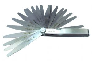 20 Blade Metric Feeler Gauge Set .05 - 1mm. M0119